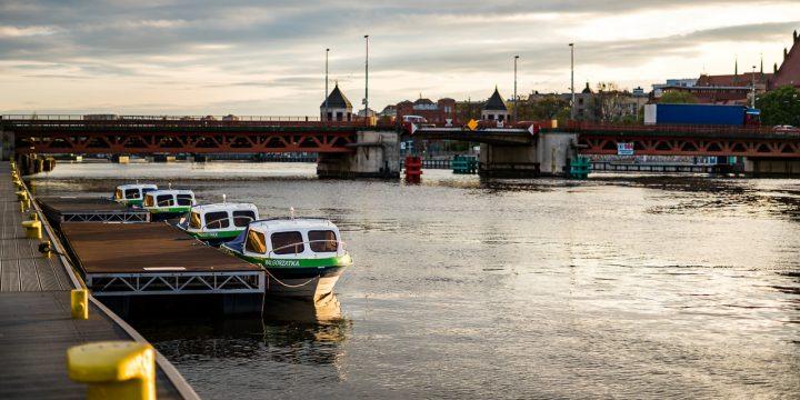 Turystyka miejska od strony wody